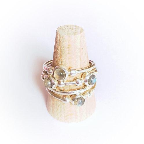 zilveren ring met edelsteen labradoriet