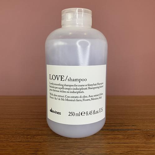 Lovely Shampoo