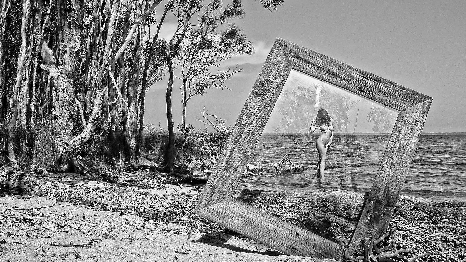 Naked art photography australia