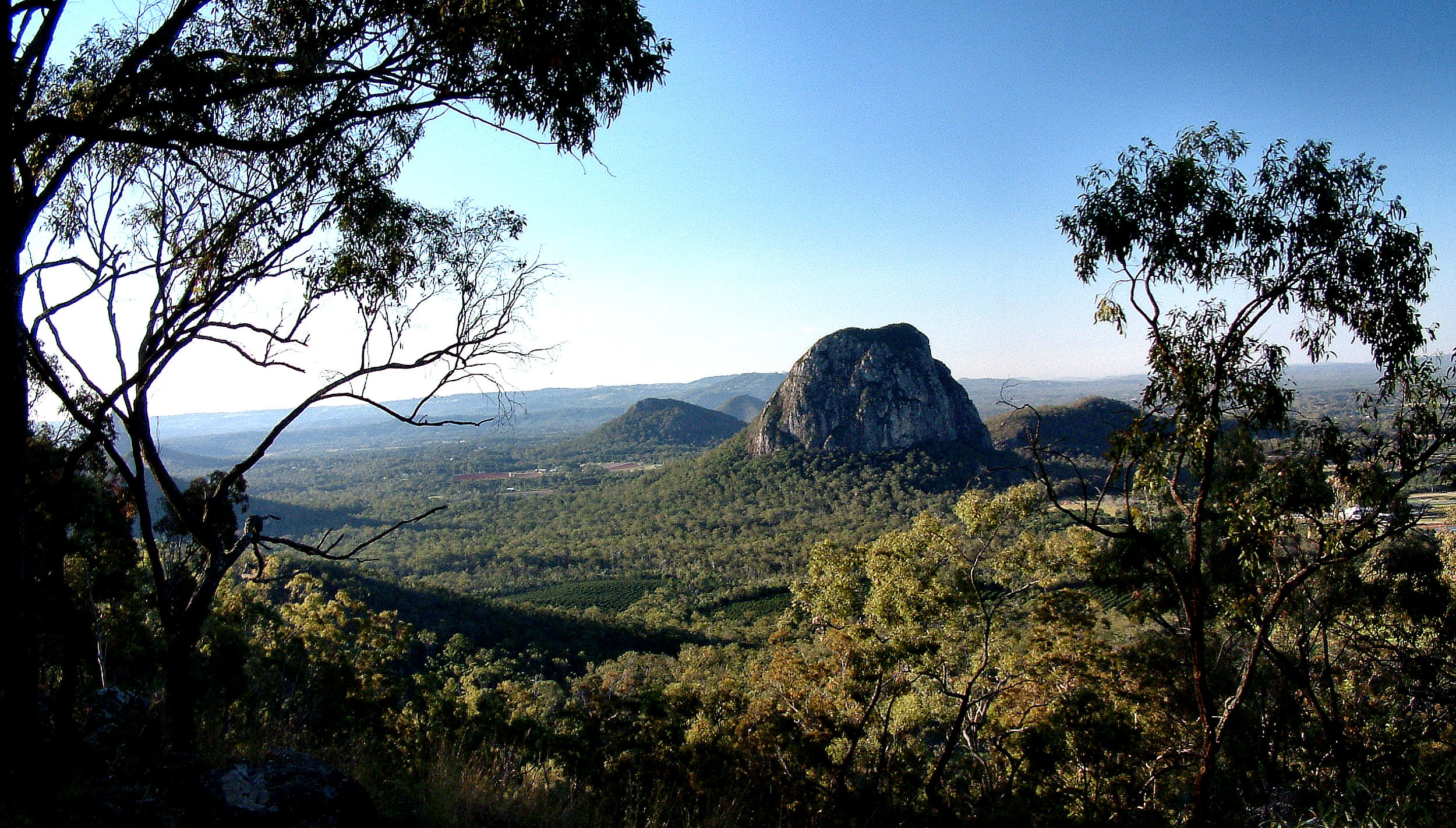 Glass House Mountains Pictures