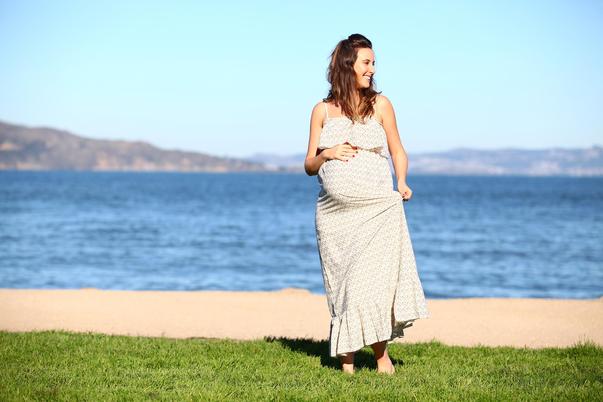 יאנה בצילומי היריון
