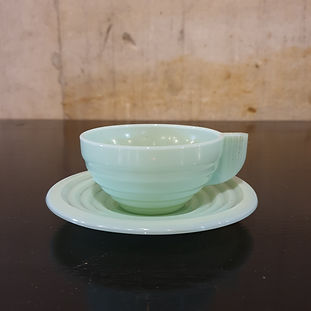 art deco pyrex tea cups