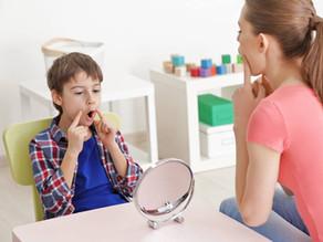 ¿Cómo saber si mi hijo necesita terapia del lenguaje?