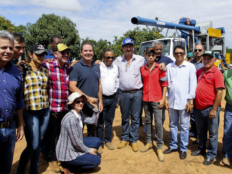 Governo comemora colheita de mais de 1.500 hectares de café em Acrelândia