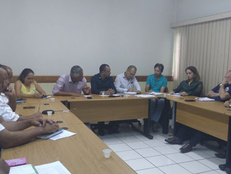 Vice-prefeito participa de reunião para tratar de aspectos econômicos interno e exportação de banana