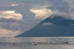 SUNSET VIEW TO PULAU MANADO TUA