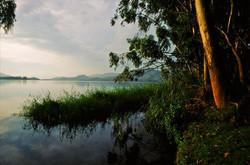 SUNDOWN AT LAKE BUNYONI