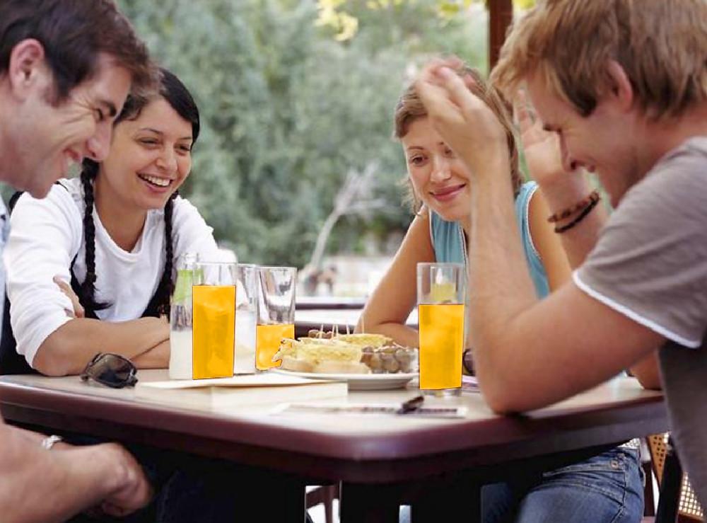 לאכול עם חברים אחרי קיצור קיבה