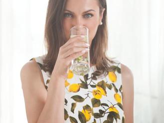 לאכול ולשתות במקביל אחרי קיצור קיבה - למה זה אסור?