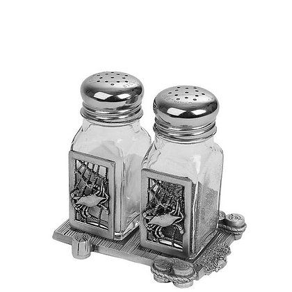 Crab Net Salt and Pepper Shaker with Dock