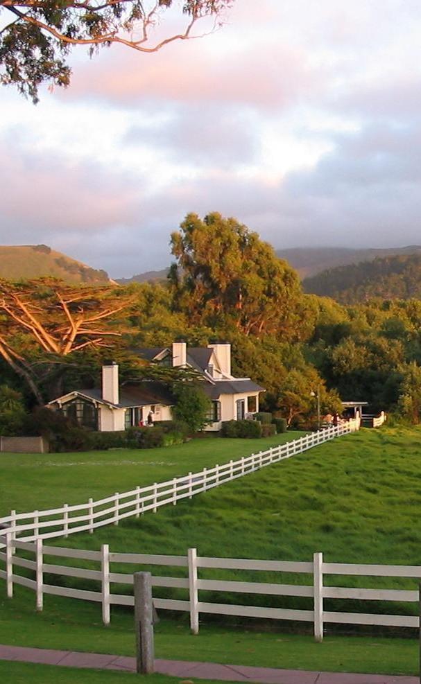 Mission Ranch Inn