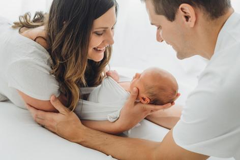 timeless-newborn-portraits-rogers-2