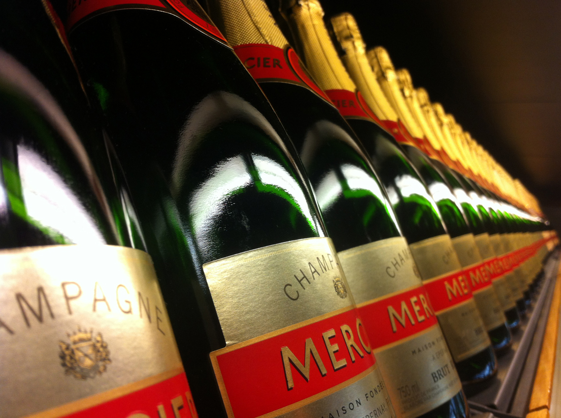 Champagnehuis Mercier