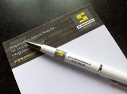 Memoblokje met pen - De Bouwsteen
