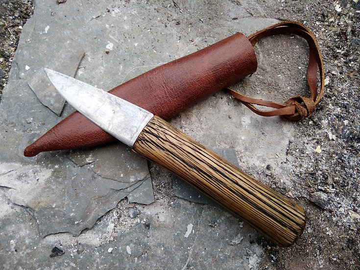 Small Medieval Camp Knife with Oak Handle