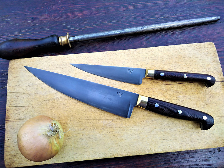 Pair of Edwardian Knives with Wenge Handles