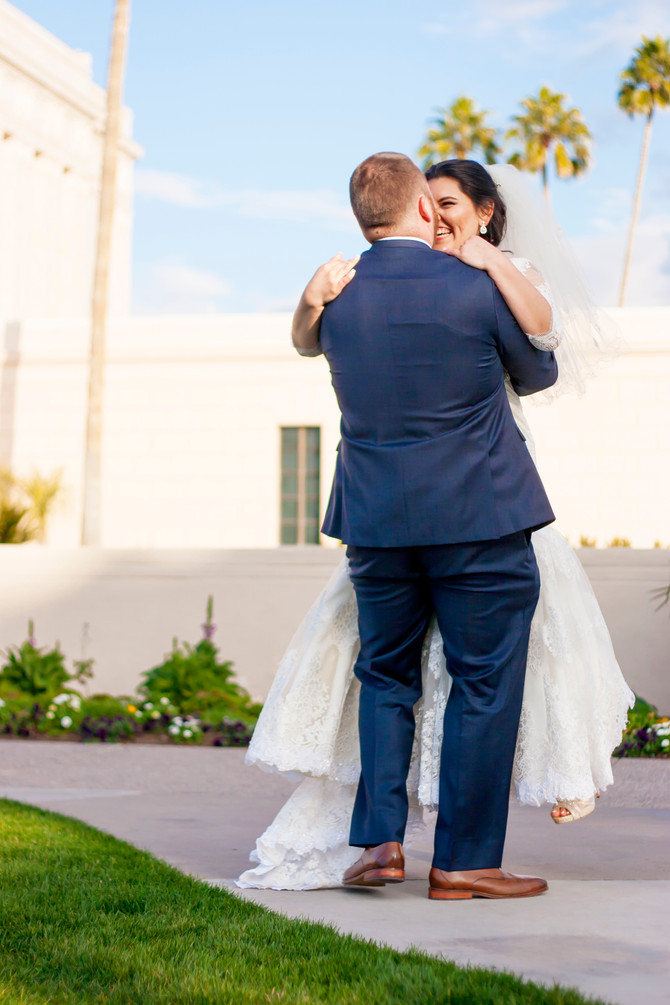 Arely & Spencer : {Mesa Arizona LDS Temple Photographer}