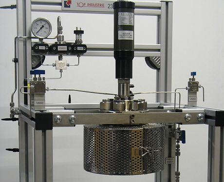 autoclave reator célula alta pressão sob medida agitação aquecimento fechamento hastelloy aço inoxidavel corrosão top industre brasil