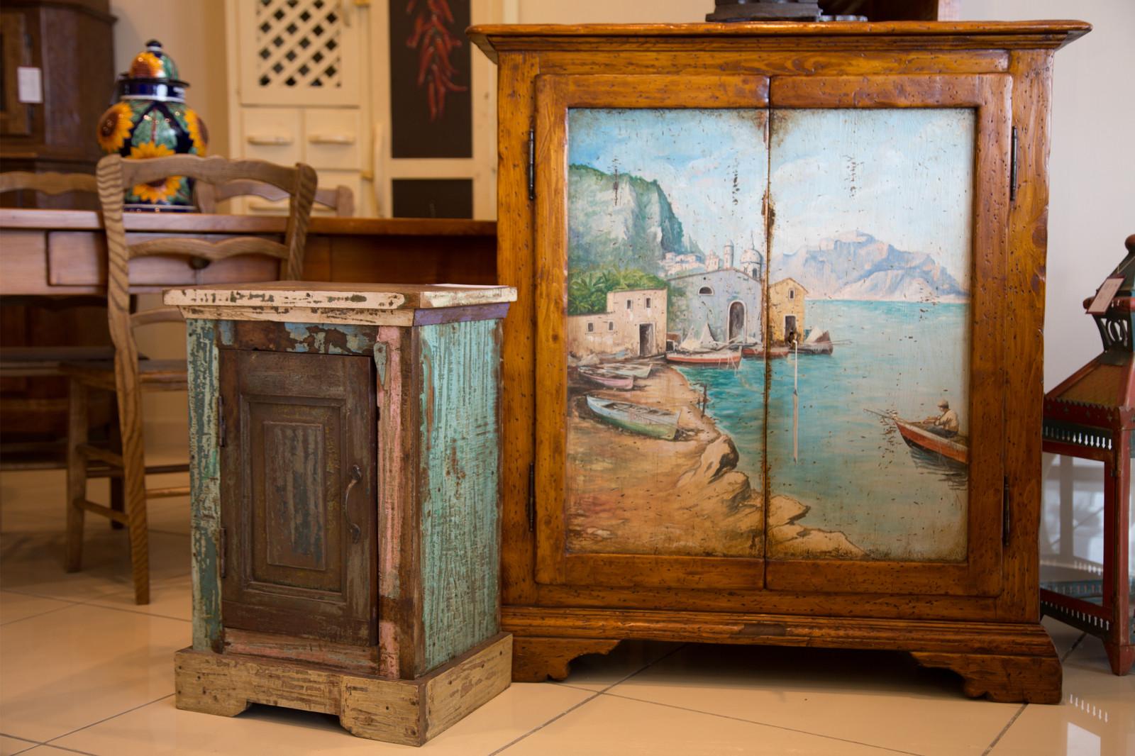 Arredamento rustici arredi rustici in legno a prezzo di for Arredamento country usato