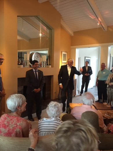 Congressman Raul Ruiz and Congressman Steny Hoyer meet with local Democrats