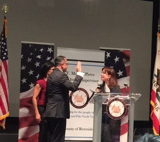 Raise your right hand: V. Manny Perez gets sworn in at USC