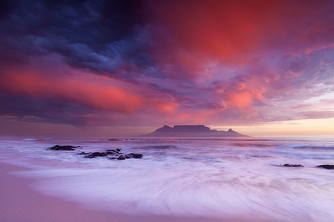 TABLE MOUNTAIN by Hougaard Malan