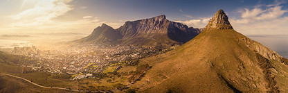CLASSIC CAPE TOWN   TABLE MOUNTAIN by Martin Osner