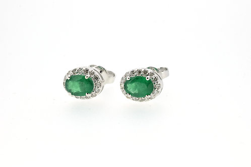 Emerald earrings with diamonds on the side