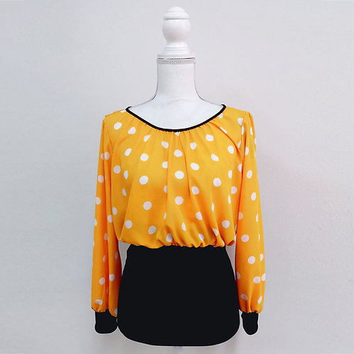 Blusa amarilla con lunares