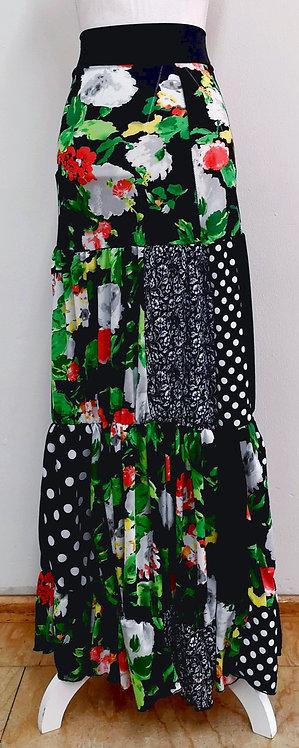 Falda negra y verde con estampados