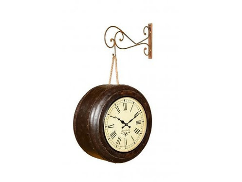 Recycled Iron Lunch Box Clock
