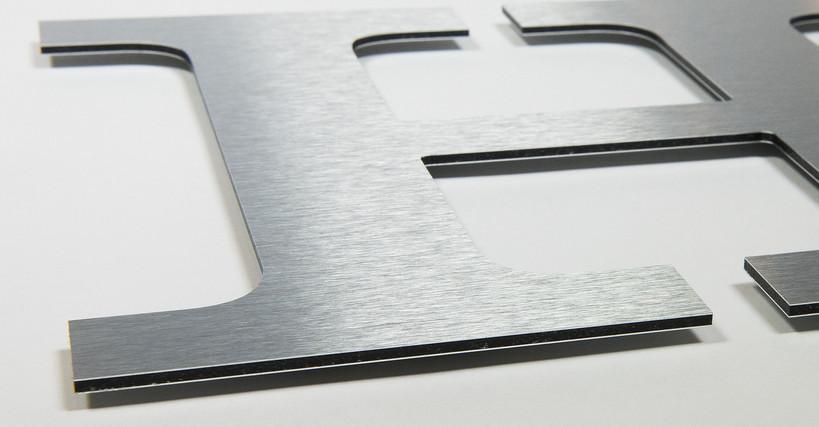 dibond_brushed-silver.jpg