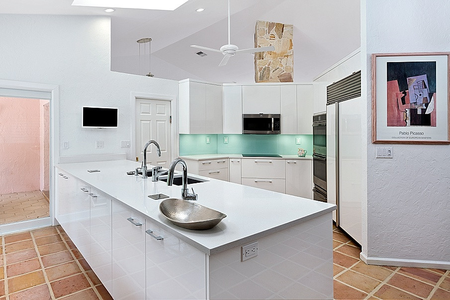 Fabrication Installation Of Natural Stone Granite Marble Quartz Porcelain Recycled Gl Countertops More Kitchen West Palm Beach