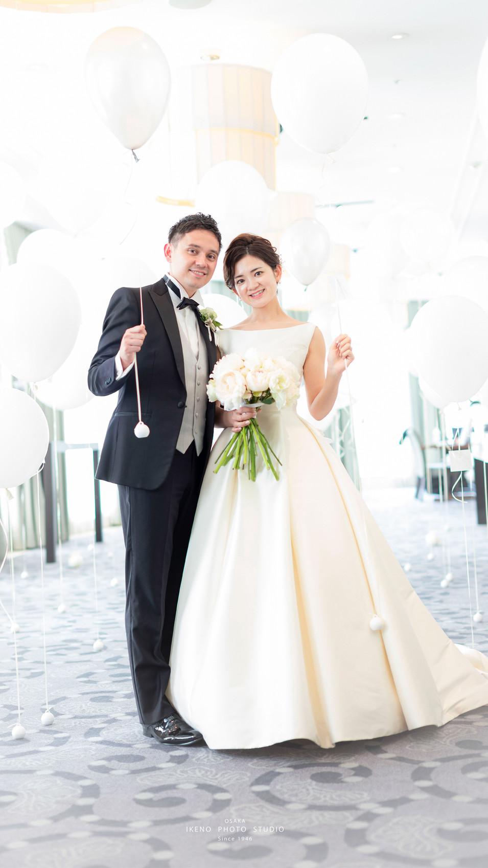 wedding3s.jpg