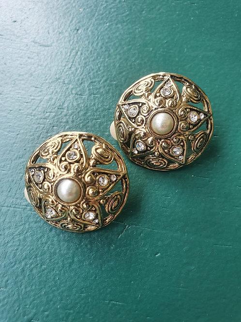 Vintage openwork clip on earrings