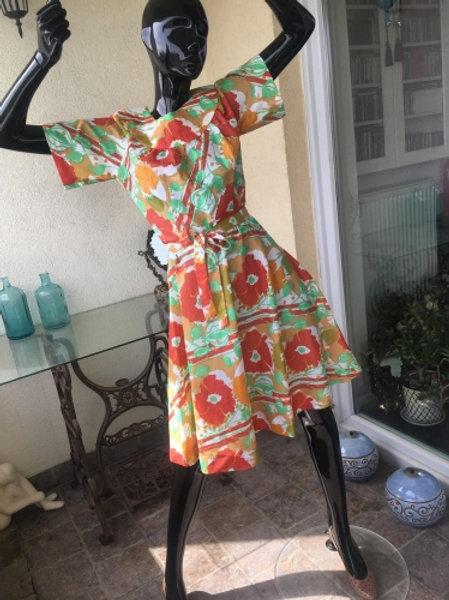 Vintage 70s floral dress 38