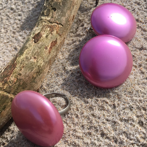 Vintage 80' pink pearl clip on earrings & ring