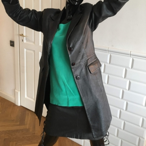 Vintage 90s black very soft leather coat 38