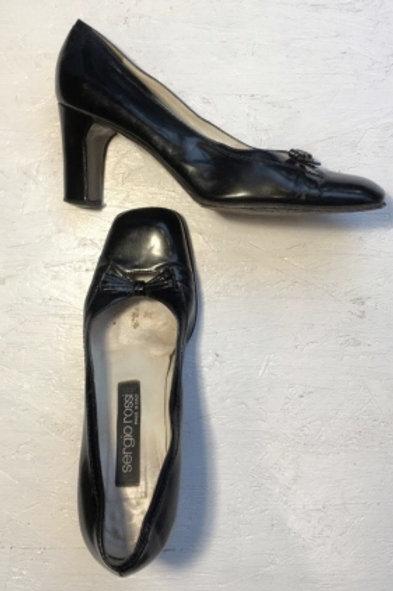 Vintage black leather pumps 36