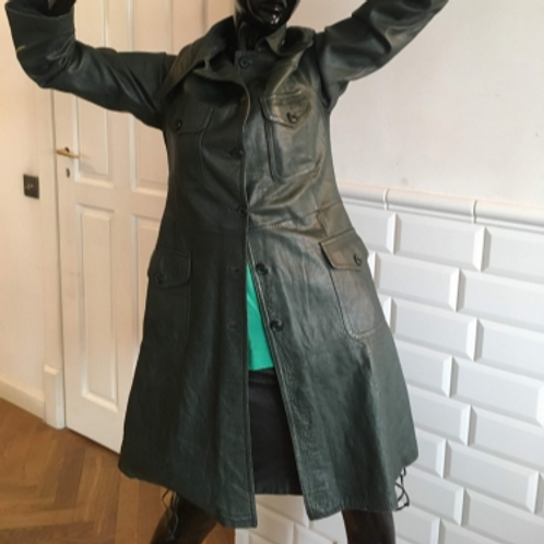Vintage 70s green very soft leather coat 38