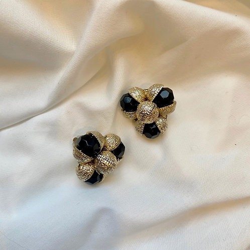 Vintage 80s golden & silvery clip on earrings with black beads