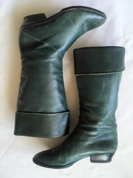Vintage Green leather knee-length boots 35,5