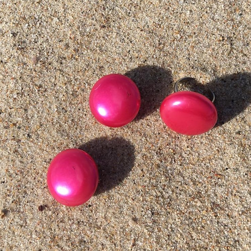 Set of vintage clip on  earrings & ring in pink pearl color