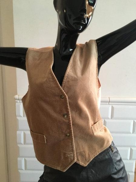 Vintage beige soft corduroy waistcoat  38