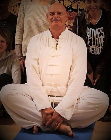 giancarlo yoga foto.jpg