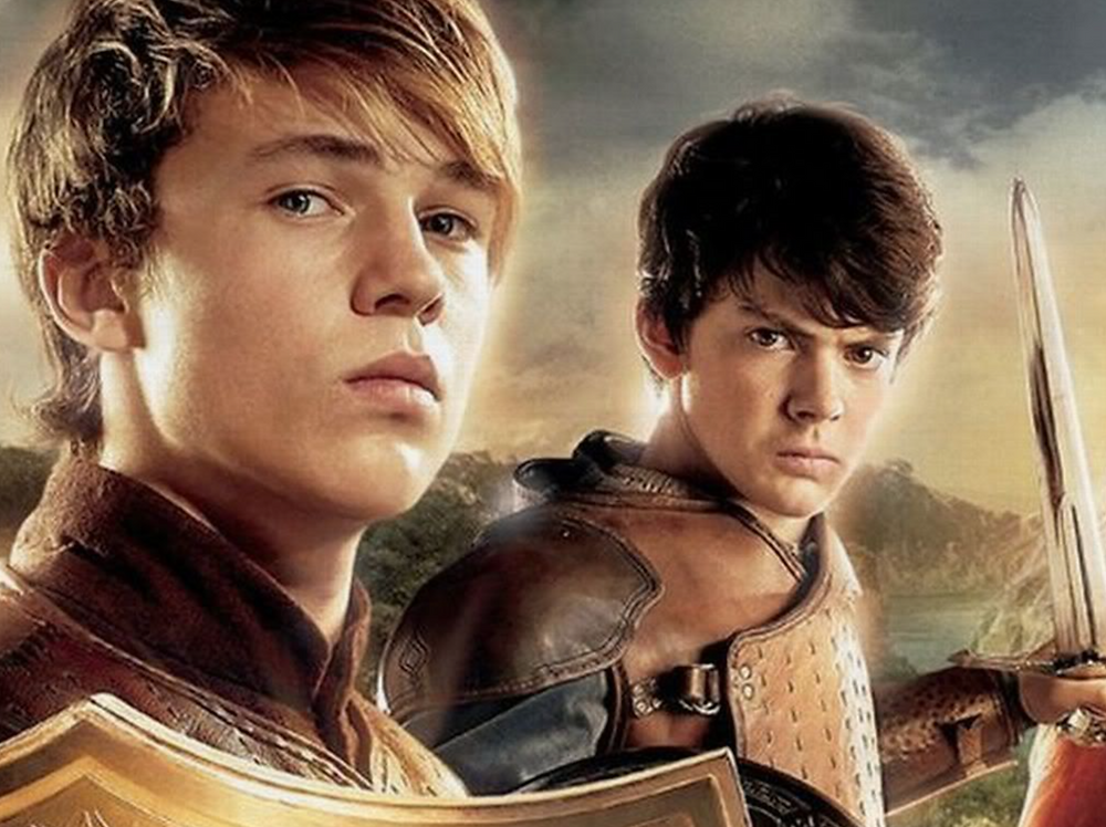 William Moseley (as Peter) and Skandar Keynes (as Edmund) in The Chronicles of Narnia.