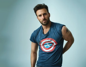 Chris Evans, actor and descendant of American Patriots.