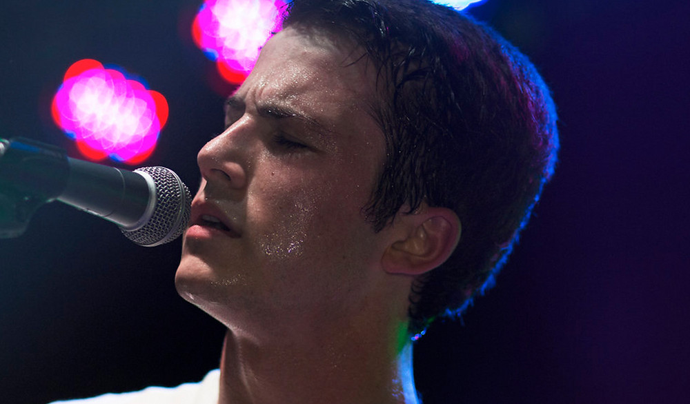 Dylan Minnette performing with his band, Wallows. | Photo by Yising Kao / Via yisingkao.com
