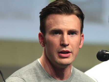 Chris Evans Descended From Long Line of American Soldiers, Immigrants