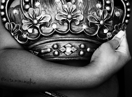 A Crown For My Waist: A Client Reflection on Her Waistbead Journey